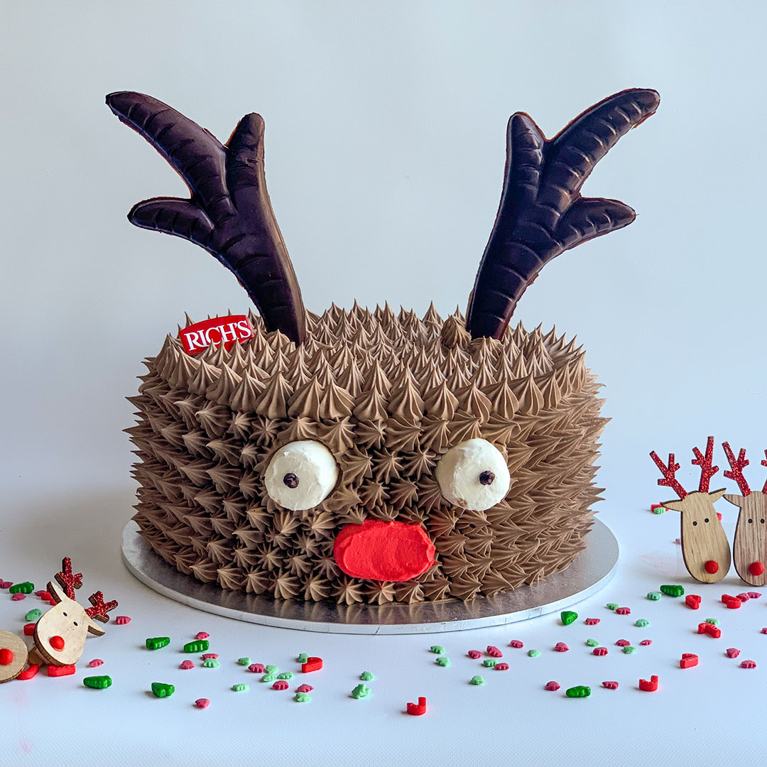 REINDEER CHOCOLATE CAKE
